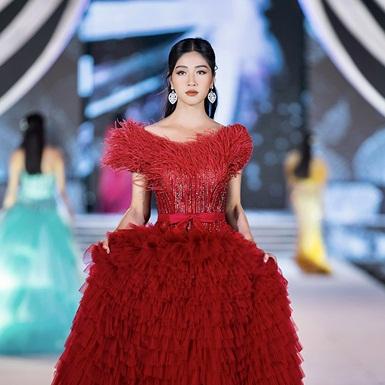 Đặng Vân Ly – Top 10 Hoa hậu Việt Nam: Nhiệt huyết của tuổi thanh niên nối dài các dự án thiện nguyện