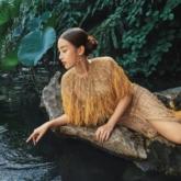 """Đỗ Mỹ Linh leo núi, đi thuyền, ngâm mình dưới nước lạnh làm """"nàng thơ"""" cho NTK Lê Thanh Hòa"""
