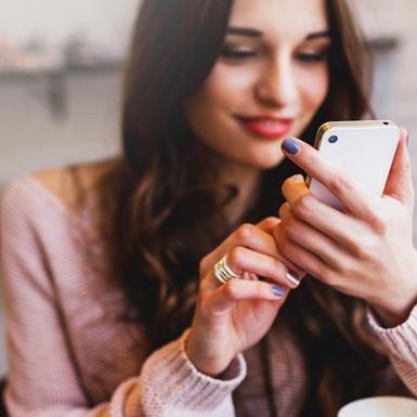 Covid-19 đã thay đổi cuộc chơi hẹn hò online của những người độc thân như thế nào?