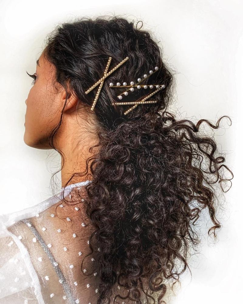 Những phụ kiện giúp mái tóc thăng hạng ngày tết 2