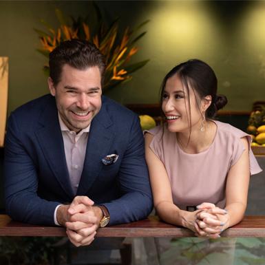 Daisy Hoàng & Drew Burns: Tình yêu của chúng tôi như ẩm thực Địa Trung Hải