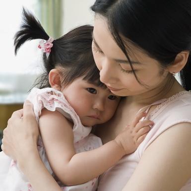 Muốn con trưởng thành và mạnh mẽ, hãy bỏ ngay những cách nuôi dạy sai lầm này