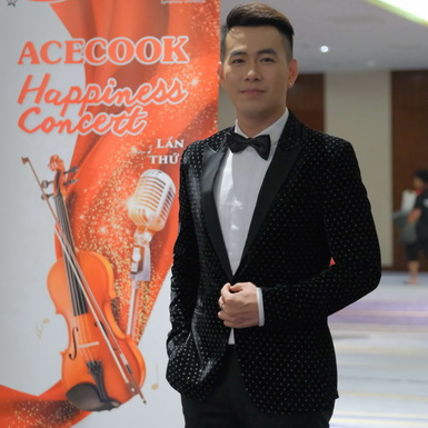 Ca sĩ Hồ Trung Dũng cùng ca sĩ Opera Phạm Khánh Ngọc tham gia dự án âm nhạc vì cộng đồng
