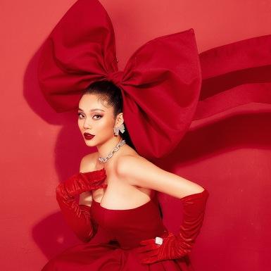 Top 5 Hoa hậu biển Lâm Thu Hồng gợi ý tỏa sáng theo cách riêng trong mùa lễ hội