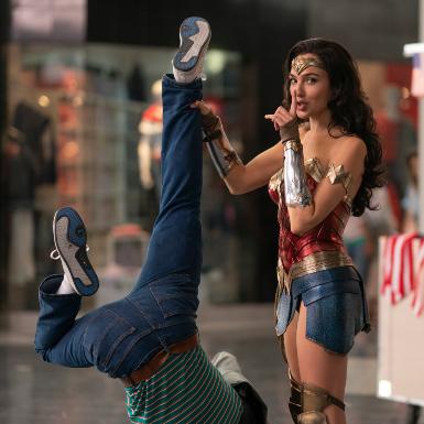 """Điểm danh """"tứ trụ quyền lực"""" xuất hiện trong """"Wonder Woman 1984"""" trước thềm công chiếu chính thức"""