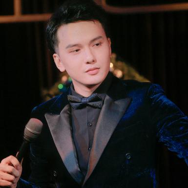"""Quang Hà, Nam Cường """"quẩy"""" hết mình trong đêm nhạc kỷ niệm của ca sĩ Khắc Minh"""