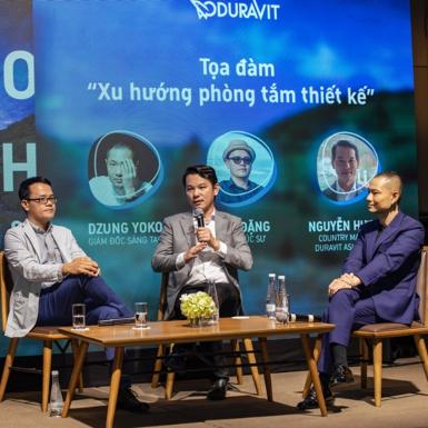"""Kiến trúc sư Sơn Đặng cùng các diễn giả thảo luận về """"xu hướng tương lai của phòng tắm thiết kế"""""""