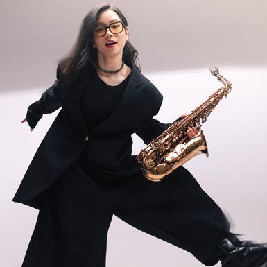 """Nghệ sĩ saxophone An Trần: """"Em phải tìm một con đường khác, không giống ba"""""""