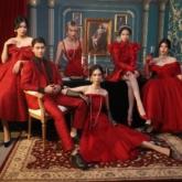 365 ngày tỏa sáng cùng 6 phong cách phối áo hoodie vô cùng đỏm dáng cho các nàng