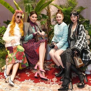 """""""Chị đại"""" Hồ Ngọc Hà hội ngộ các fashionista đình đám tại sự kiện ra mắt BST """"Epilogue"""" của Gucci tại Hà Nội"""