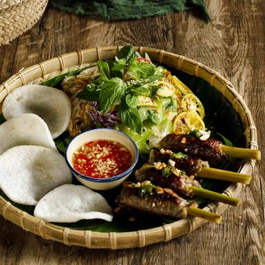 Du ngoạn thế giới bằng bữa tiệc ẩm thực tại nhà hàng Búp