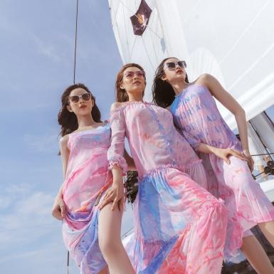 Top 3 Miss International Queen bay bổng trên du thuyền trong các thiết kế mới từ NTK Adrian Anh Tuấn