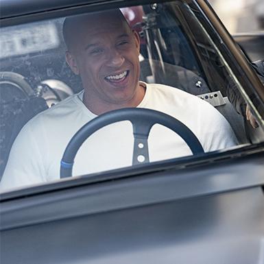 """""""Fast & Furious 9: Huyền thoại tốc độ"""" trình làng trailer mới với những cảnh hành động máu lửa"""