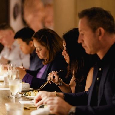 Chef's Table: Trải nghiệm những công thức ẩm thực đầy mê hoặc trong 8 tháng