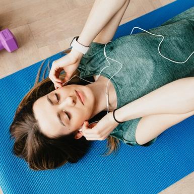 Top 10 bài hát work-out được lòng các gymers khắp thế giới