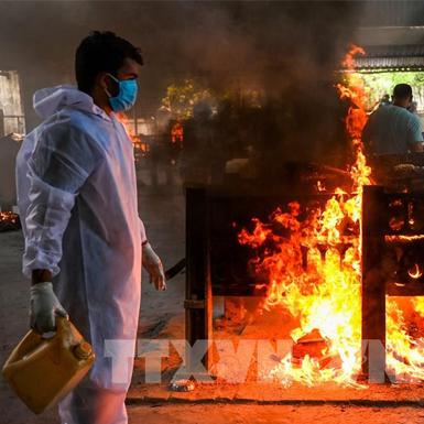 Dịch COVID-19 ở Ấn Độ: Số ca mắc vượt 18 triệu, ca tử vong cao kỷ lục