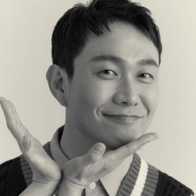 """""""Nam phụ quốc dân"""" Oh Jung Se: Vẫn tỏa sáng dù chỉ ở trong bóng tối"""