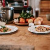 """Nấu ăn dễ không tưởng nếu nắm rõ quy luật """"kết đôi nhà bếp"""" này"""