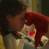 """""""Clifford The Big Red Dog"""" ra mắt trailer đầu tiên trên nền nhạc Dynamite của BTS"""