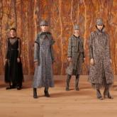 Maria Grazia Chiuri tôn vinh giá trị vượt thời gian của kỹ thuật thêu dệt thủ công với BST Dior Haute Couture Thu Đông 2021