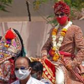 Chú rể hủy hôn vì không có món curry, cưới cô dâu khác trong cùng ngày