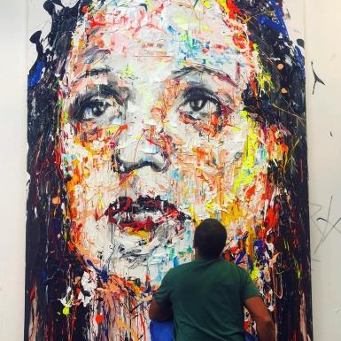 """""""Người nắm giữ ký ức"""" tôn vinh Edith Piaf qua ngòi bút vẽ đầy xúc cảm"""
