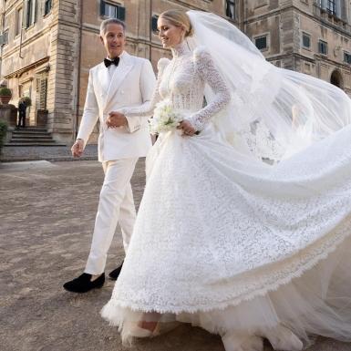 Quý cô Kitty Spencer lên xe hoa trong chiếc váy cưới đẹp như cổ tích từ Dolce & Gabbana