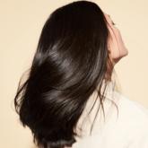 Một TikToker dùng serum dưỡng da để dưỡng tóc, thực hư hiệu quả thế nào?