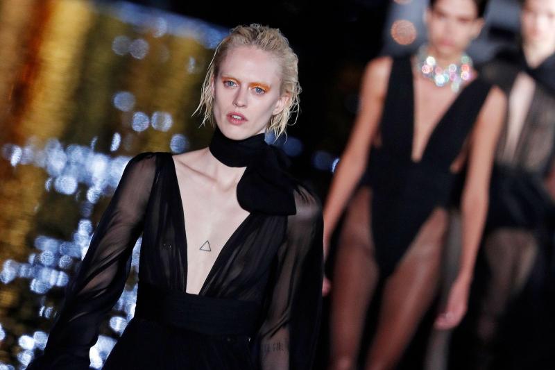 saint laurent tro lai paris fashion week - 4