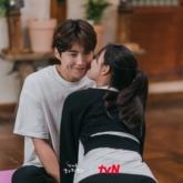 """3 lý do khiến """"Tổ trưởng Hong"""" (Hometown Cha Cha Cha) trở thành mẫu bạn trai """"vạn người mê"""""""