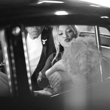 Lật mở muôn cung bậc tình yêu qua bộ phim quảng bá của Tiffany & Co. có sự góp mặt của Beyoncé và Jay-Z