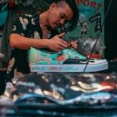 """Mark Ong: Nghệ sĩ thiết kế giày """"độ"""" khuynh đảo cộng đồng streetwear thế giới"""