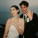 """Con gái nam tài tử """"Fast & Furious"""" Paul Walker diện đầm cưới Haute Couture của Givenchy trong hôn lễ cổ tích"""