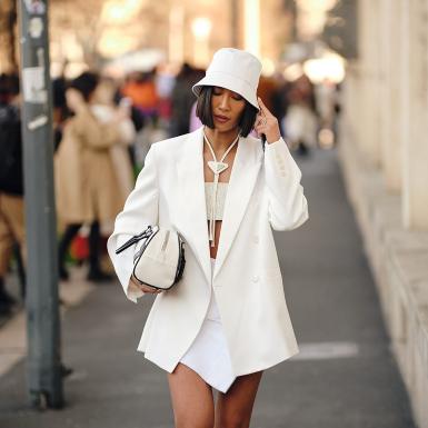 5 tips phối đồ streetwear xuống phố vừa an toàn vừa hợp mốt hậu giãn cách
