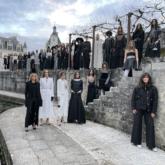 Chanel lần đầu trình làng BST Métiers d'Art tại trung tâm thủ công Le19M mới