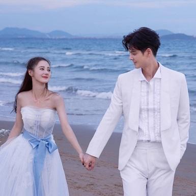 """Quách Phẩm Siêu – Mã Trạch Hàm: Mối tình hơn kém 19 tuổi giữa nam thần tượng đời đầu Đài Loan và """"nàng thơ"""" mới của Hoa Ngữ"""