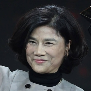 """""""Người đàn bà thép"""" Đổng Minh Châu: chưa từng nghỉ phép một ngày nào trong suốt 30 năm làm việc"""