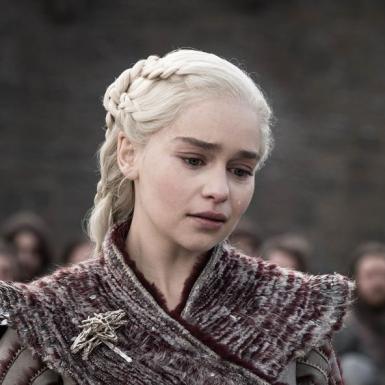 """Kết cục của """"mẹ rồng"""" Daenerys Targaryen: Thất bại đau đớn nhất là khi gần chạm tới thành công"""