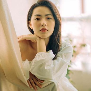"""Diễn viên Minh Trang: """"Tôi không muốn bị gọi là hotgirl đóng phim"""""""